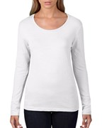 Anvil T-shirt Featherweight Scoop LS for her